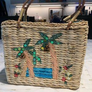 Small tropical straw purse